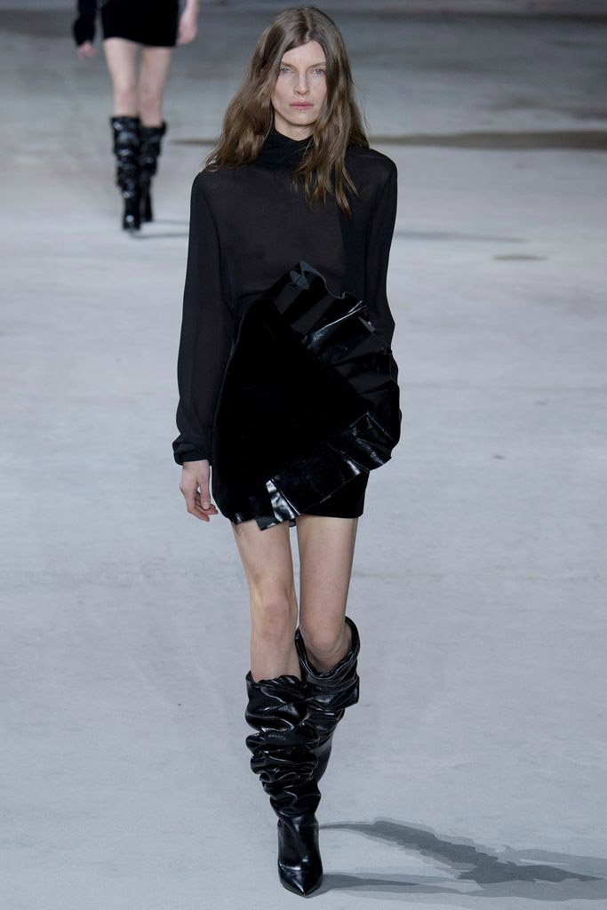 saint_laurent_pasarela_857708064_683x